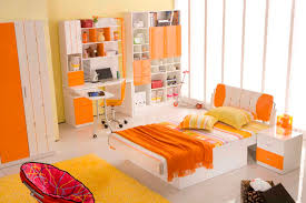 how to decorate your bedroom look fresh with orange color