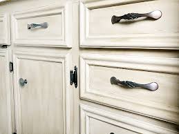 what of paint to use on oak cabinets how to hide wood grain when painting oak lemons lavender