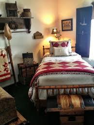 Pictures Of Primitive Decor Best 25 Primitive Country Bedrooms Ideas On Pinterest Primitive