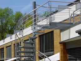 balkon mit treppe balkontreppe die balkonbauer ihr balkontreppen spezialist
