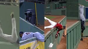 indians austin jackson makes amazing catch mlb com memorable plays at fenway wall
