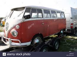 volkswagen kombi the volkswagen kombi splitty bus is a utility vehicle that has