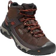buy hiking boots near me s boots scheels com