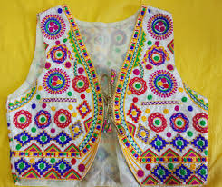 Embroidery Designs For Bed Sheets For Hand Embroidery Shopping In The Colorful Markets Of Bhuj