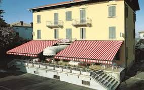 Foldable Awning Folding Arm Retractable Awnings Retractableawnings Com