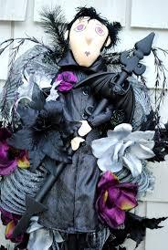 81 best halloween wreaths images on pinterest halloween wreaths