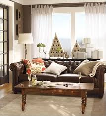 paint the walls dark brown and accent with bright white to
