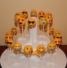 wedding cake emoji best 25 emoji cake pops ideas on emoji