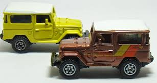 matchbox land rover 90 two lane desktop wheels matchbox and johnny lightning
