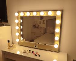 Vanity Mirror With Lights Australia Makeup And Jewelry Organizers Vanity Mirrors By Crafterscalendar