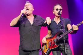 Jimmy Barnes News Jimmy Barnes Performs With Cold Chisel Abc News Australian
