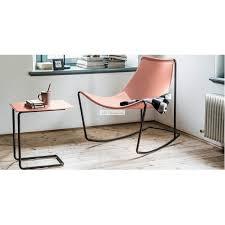 table pour canapé bout de canapé en cuir apelle et table basse pour canapé par midj