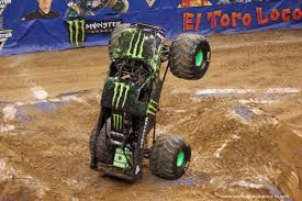 monster jam monster trucks monster jam 2016 utah review lovebugs and postcards