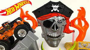 grave digger monster truck halloween costume mattel wheels monster jam pirate takedown with captain u0027s curse