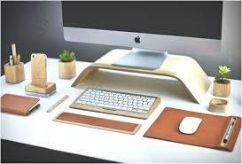 accessoir de bureau accessoire bureau accessoires bureau cuir bois apple ecran