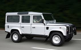new land rover defender 2013 report land rover lr2 may become mini discovery