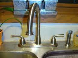 how to repair leaking kitchen faucet how to repair leaking kitchen faucet leaking faucet kitchen faucet