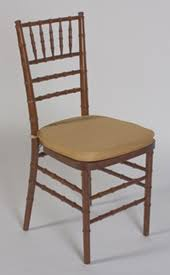 fruitwood chiavari chair chiavari bellaire chairs linens and beyond