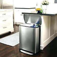 poubelle cuisine ouverture automatique poubelle sous evier automatique fabulous poubelle sous evier