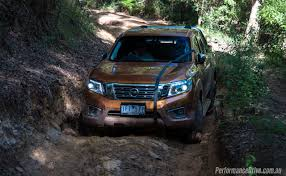 nissan frontier ground clearance 2016 nissan navara st king cab 2 3dtt review video