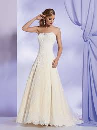 wedding dresses 500 budget princess wedding dress saveonthedate