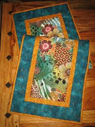 Quilted Table Runners by Best 25 Contemporary Table Runners Ideas On Pinterest Patchwork