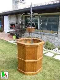 di legno per giardino pozzo in legno da giardino per arredamenti esterni costruito in