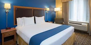 chelsea hotel near madison square garden holiday inn express nyc holiday inn express new york 3523315207 2x1