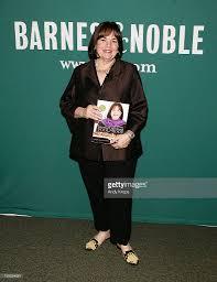 ina garten signs copies of her book