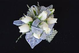 Tallahassee Flower Shops - a country rose tallahassee florist prom wrist corsages