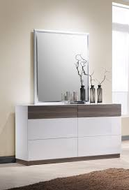 Bedroom Furniture Dresser With Mirror by Sanremo White Lacquer Queen Size Bedroom Set By J U0026m Furniture