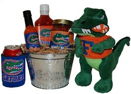 florida gator fan gift ideas florida themed gift baskets university of florida gators gift
