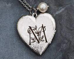 custom engraved lockets personalized locket etsy