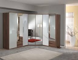 armoire d angle chambre armoire d angle contemporaine 2 portes blanc cassé laqué noyer