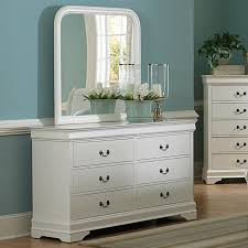 Decorating Dresser Top by Fascinating Home Interior Design Featuring Fau Living Room With