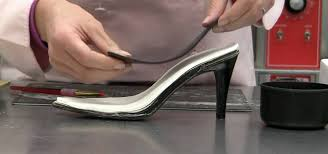 how to make a high heel shoe from gumpaste cake decorating