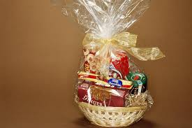 how to make a gift basket how to make a gift basket at home