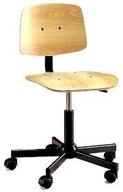 chaise de bureau en bois à captivant chaise bureau bois roulettes fauteuil de fille of beraue