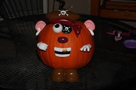 snoopy pumpkin carving ideas the best movie inspired halloween pumpkins ever carved movie