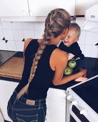 leo braiding hair olgasaroka instagram leo likes to be with me in the kitchen