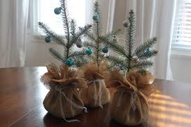 beautiful life made easy diy mini burlap christmas trees for
