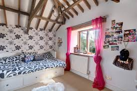 bedroom curtain designs with crown molding for teenager bedrooms