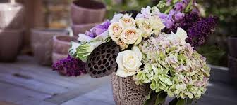 Delivery Flower Service - have fresh flowers delivered weekly to your home or business