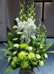 flower arrangements pictures best 25 funeral arrangements ideas on pinterest funeral flowers