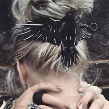 this is the coolest hair clip ever i sooo want cool