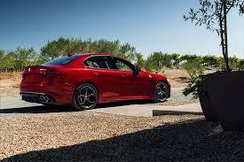 2017 alfa romeo giulia quadrifoglio preview j d power cars