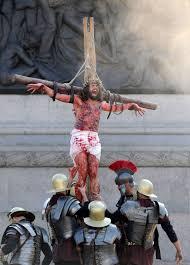 christ u0027s crucifixion recreated at london u0027s trafalgar square photos