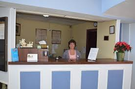 Red Cottage Inn Suites by Cheap Lodging In Ebensburg Pa Red Carpet Inn U0026 Suites