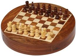 wholesale 7x7 inch round wooden chess set with storage drawer