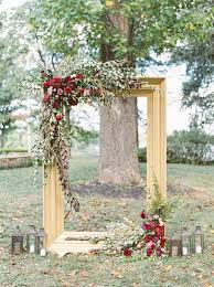wedding backdrop frame 29 gorgeous ways to use frames for wedding decor weddingomania